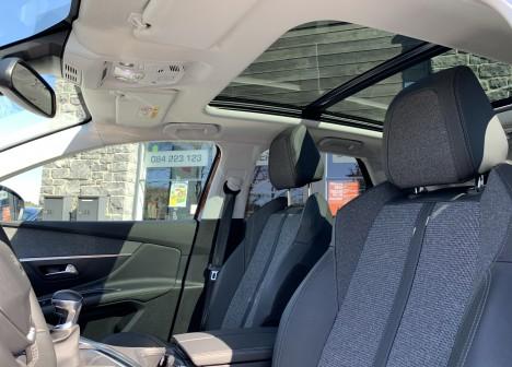 peugeot 3008 1 5 bluehdi 130 allure garantie 06 2020 autoselux garage automobile. Black Bedroom Furniture Sets. Home Design Ideas